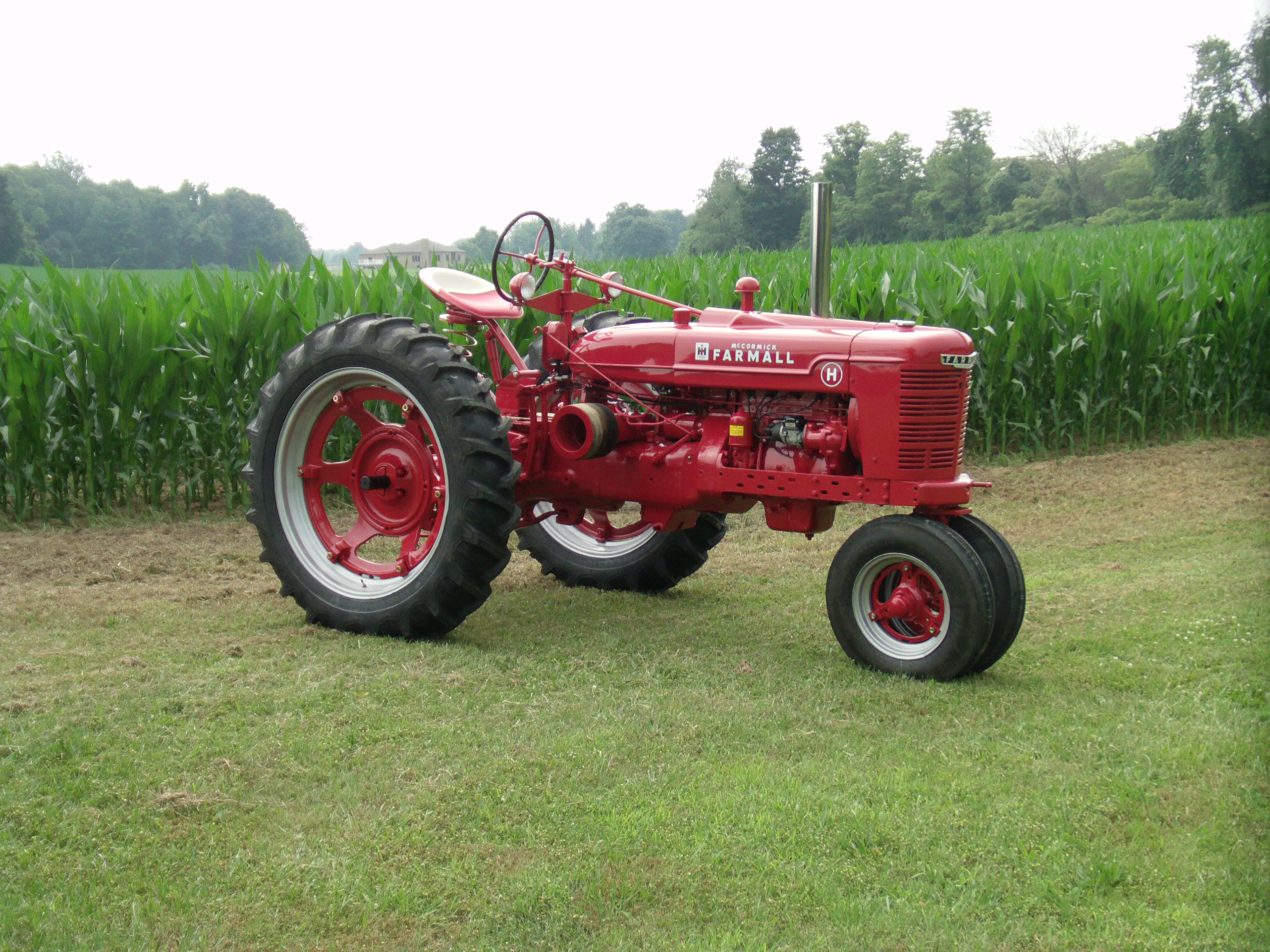 Farm All Tractor : In the restoration