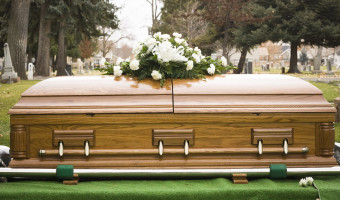 Three Ways to Arrange a Meaningful Eulogy